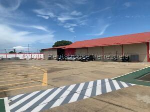 Local Comercial En Ventaen Ciudad Ojeda, Intercomunal, Venezuela, VE RAH: 21-25245