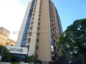 Apartamento En Ventaen Caracas, La Trinidad, Venezuela, VE RAH: 21-25355
