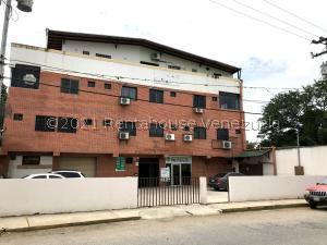 Consultorio Medico  En Ventaen Barquisimeto, Parroquia Concepcion, Venezuela, VE RAH: 21-25356