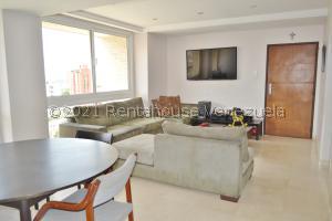 Apartamento En Ventaen Maracaibo, La Lago, Venezuela, VE RAH: 21-25365