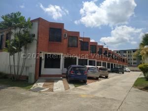 Townhouse En Ventaen Municipio Naguanagua, Los Guayabitos, Venezuela, VE RAH: 21-25491