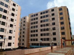 Apartamento En Alquileren Valencia, Agua Blanca, Venezuela, VE RAH: 21-25397