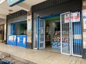 Local Comercial En Ventaen Caracas, Puente Hierro, Venezuela, VE RAH: 21-25403