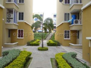 Apartamento En Ventaen Charallave, Vista Linda, Venezuela, VE RAH: 21-25414