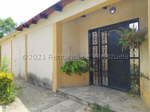 Casa En Ventaen Cagua, El Bosque, Venezuela, VE RAH: 21-25436