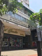 Local Comercial En Alquileren Caracas, Chacao, Venezuela, VE RAH: 21-25454