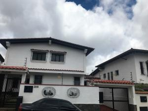 Casa En Ventaen Caracas, Los Naranjos Del Cafetal, Venezuela, VE RAH: 21-25468