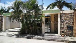 Casa En Ventaen Guacara, La Floresta, Venezuela, VE RAH: 21-1044