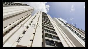 Apartamento En Ventaen Caracas, El Cigarral, Venezuela, VE RAH: 21-25475