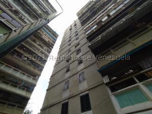 Apartamento En Ventaen Caracas, Caricuao, Venezuela, VE RAH: 21-25476