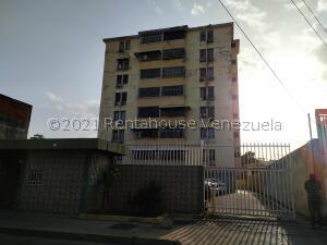 Apartamento En Ventaen Maracay, La Barraca, Venezuela, VE RAH: 21-25512