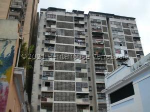 Apartamento En Ventaen Caracas, Parroquia Altagracia, Venezuela, VE RAH: 21-25538