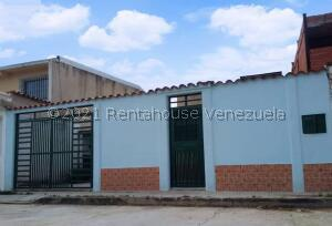 Casa En Ventaen Cagua, La Ciudadela, Venezuela, VE RAH: 21-10806