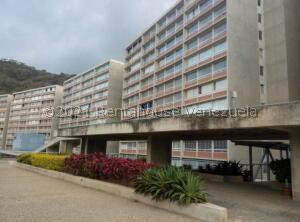 Apartamento En Ventaen Caracas, El Encantado, Venezuela, VE RAH: 21-25517