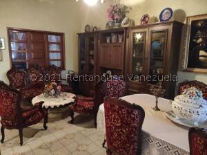 Casa En Ventaen Cabudare, Valle Hondo, Venezuela, VE RAH: 21-25518