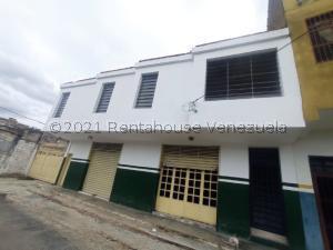 Apartamento En Ventaen Turmero, Zona Centro, Venezuela, VE RAH: 21-26028