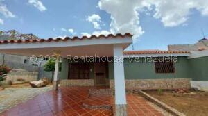 Casa En Ventaen Maracaibo, La Picola, Venezuela, VE RAH: 22-10