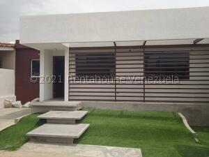 Casa En Ventaen Barquisimeto, Villas De Yara, Venezuela, VE RAH: 22-12