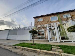 Casa En Ventaen Turmero, Valle Paraiso, Venezuela, VE RAH: 21-25607
