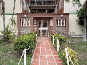 Apartamento En Ventaen Maracay, Madre Maria, Venezuela, VE RAH: 21-25768