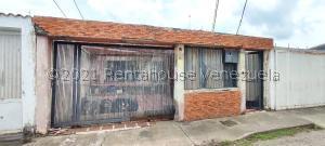 Casa En Ventaen Acarigua, Bosques De Camorucos, Venezuela, VE RAH: 21-25566