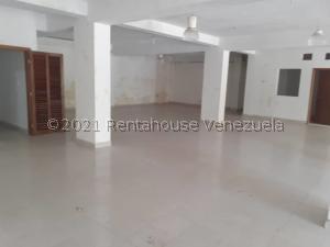 Local Comercial En Ventaen Barcelona, Casco Central, Venezuela, VE RAH: 21-25619