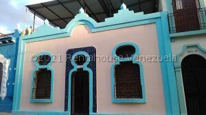 Casa En Ventaen Caracas, La Pastora, Venezuela, VE RAH: 21-25809