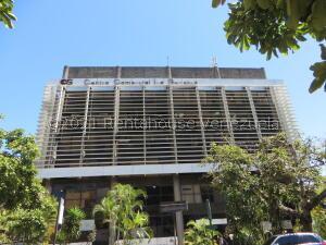 Local Comercial En Ventaen Caracas, Los Samanes, Venezuela, VE RAH: 21-25674