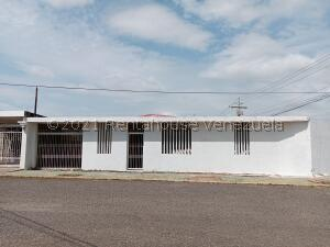 Casa En Ventaen Maracaibo, Las Lomas, Venezuela, VE RAH: 21-25680