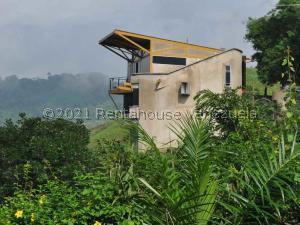 Casa En Ventaen Municipio Naguanagua, La Entrada, Venezuela, VE RAH: 21-25691