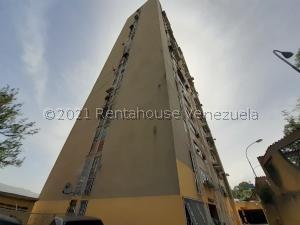 Apartamento En Ventaen Los Teques, El Trigo, Venezuela, VE RAH: 21-25700