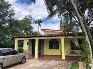 Casa En Ventaen Municipio Libertador, Safari Carabobo, Venezuela, VE RAH: 21-25749