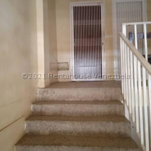 Apartamento En Ventaen Maracaibo, Monte Claro, Venezuela, VE RAH: 21-25774