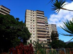 Apartamento En Ventaen Caracas, Caricuao, Venezuela, VE RAH: 21-25750