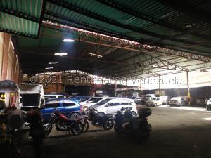 Galpon - Deposito En Alquileren Caracas, Parroquia Catedral, Venezuela, VE RAH: 21-25757