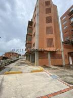 Apartamento En Ventaen Caracas, Oripoto, Venezuela, VE RAH: 21-25758