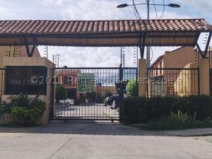 Townhouse En Ventaen Municipio Naguanagua, El Guayabal, Venezuela, VE RAH: 21-25766