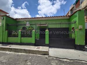 Casa En Ventaen Caracas, San Jose, Venezuela, VE RAH: 21-25788