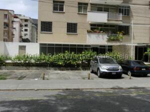 Local Comercial En Ventaen Caracas, Los Palos Grandes, Venezuela, VE RAH: 21-27383