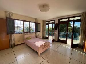 Casa En Ventaen Caracas, Colinas De Bello Monte, Venezuela, VE RAH: 21-25775