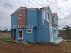 Casa En Ventaen Coro, Sector Chimpire, Venezuela, VE RAH: 21-25780