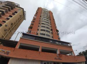 Apartamento En Ventaen Maracay, Zona Centro, Venezuela, VE RAH: 21-25783