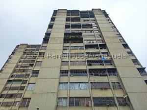 Apartamento En Ventaen San Antonio De Los Altos, La Rosaleda, Venezuela, VE RAH: 21-26299