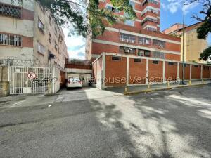Oficina En Ventaen Caracas, San Bernardino, Venezuela, VE RAH: 21-25817