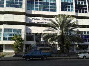 Local Comercial En Ventaen Lecheria, Calle Arismendi, Venezuela, VE RAH: 21-25819