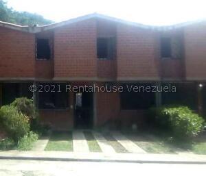 Townhouse En Ventaen Charallave, Valles De Chara, Venezuela, VE RAH: 21-25969