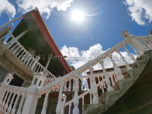 Apartamento En Ventaen Caracas, Hoyo De La Puerta, Venezuela, VE RAH: 21-25822