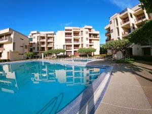 Apartamento En Ventaen Rio Chico, Los Canales De Rio Chico, Venezuela, VE RAH: 21-25824