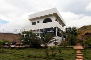 Casa En Ventaen Margarita, La Mira, Venezuela, VE RAH: 21-25927