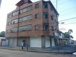 Local Comercial En Alquileren Maracay, La Cooperativa, Venezuela, VE RAH: 21-25835